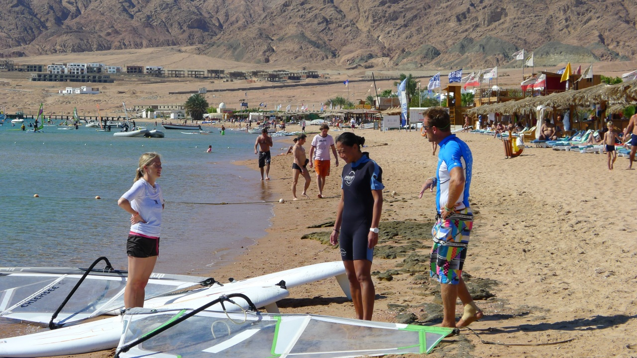 Fanny's daily windsurfing lessons