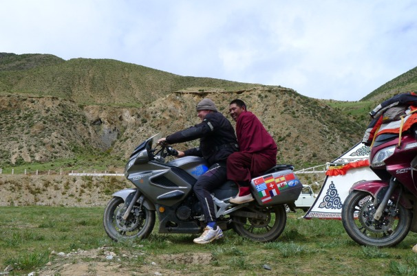 Si Ba and I in middle of Tibetan Plateau