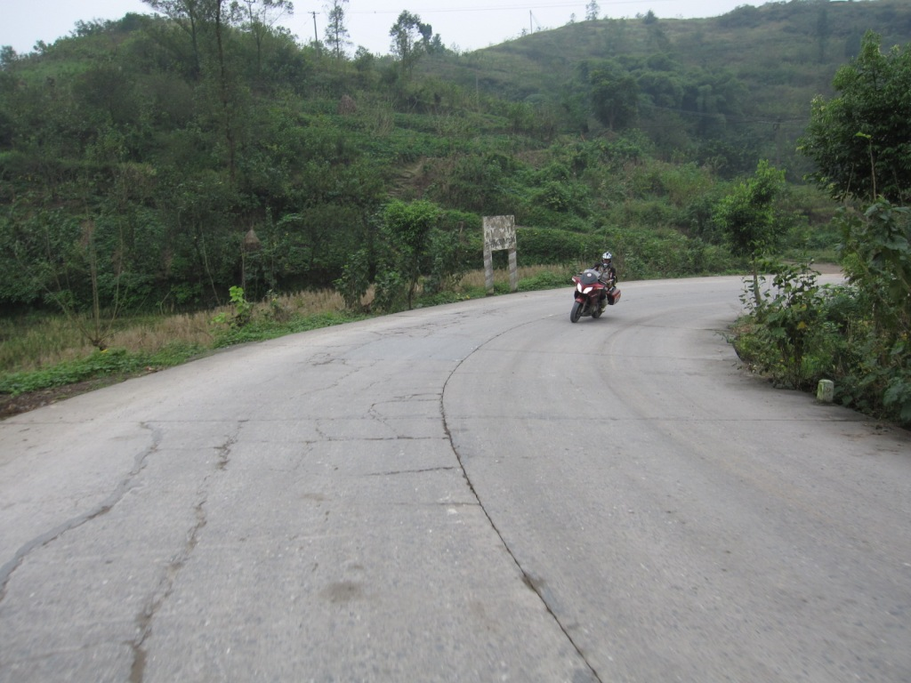 hundreds of kilometers of roads like this as we weaved through te villages, valleys and mountains.