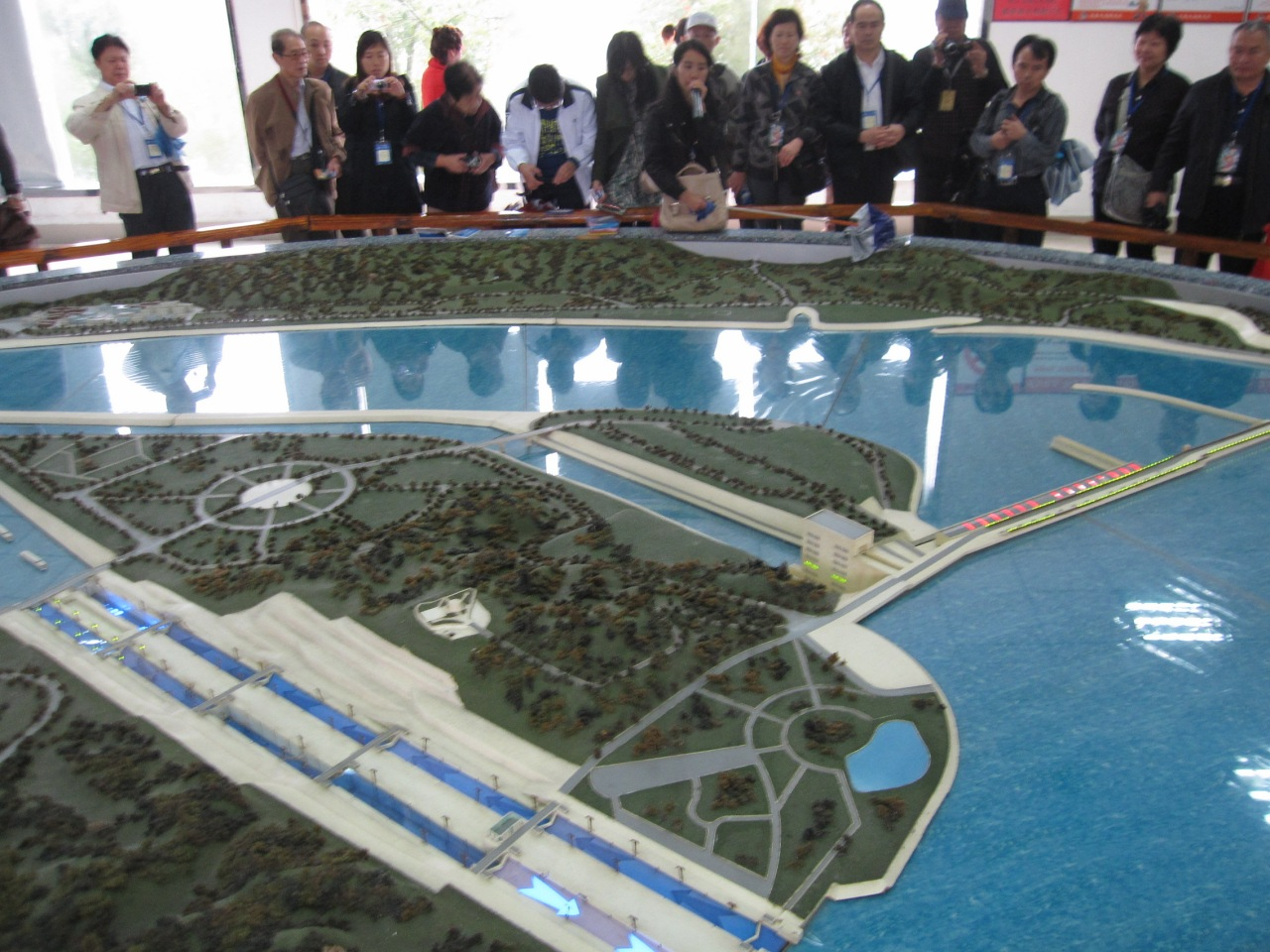 No worries ... here's a plastic one. Behold! the plastic three gorges project