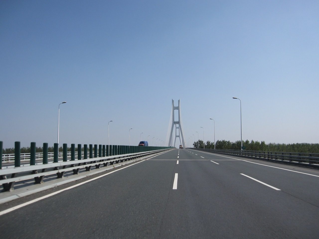 Crossing one of many bridges. Roads were relatively quiet and we made good progress passed Wuhan to Anhui