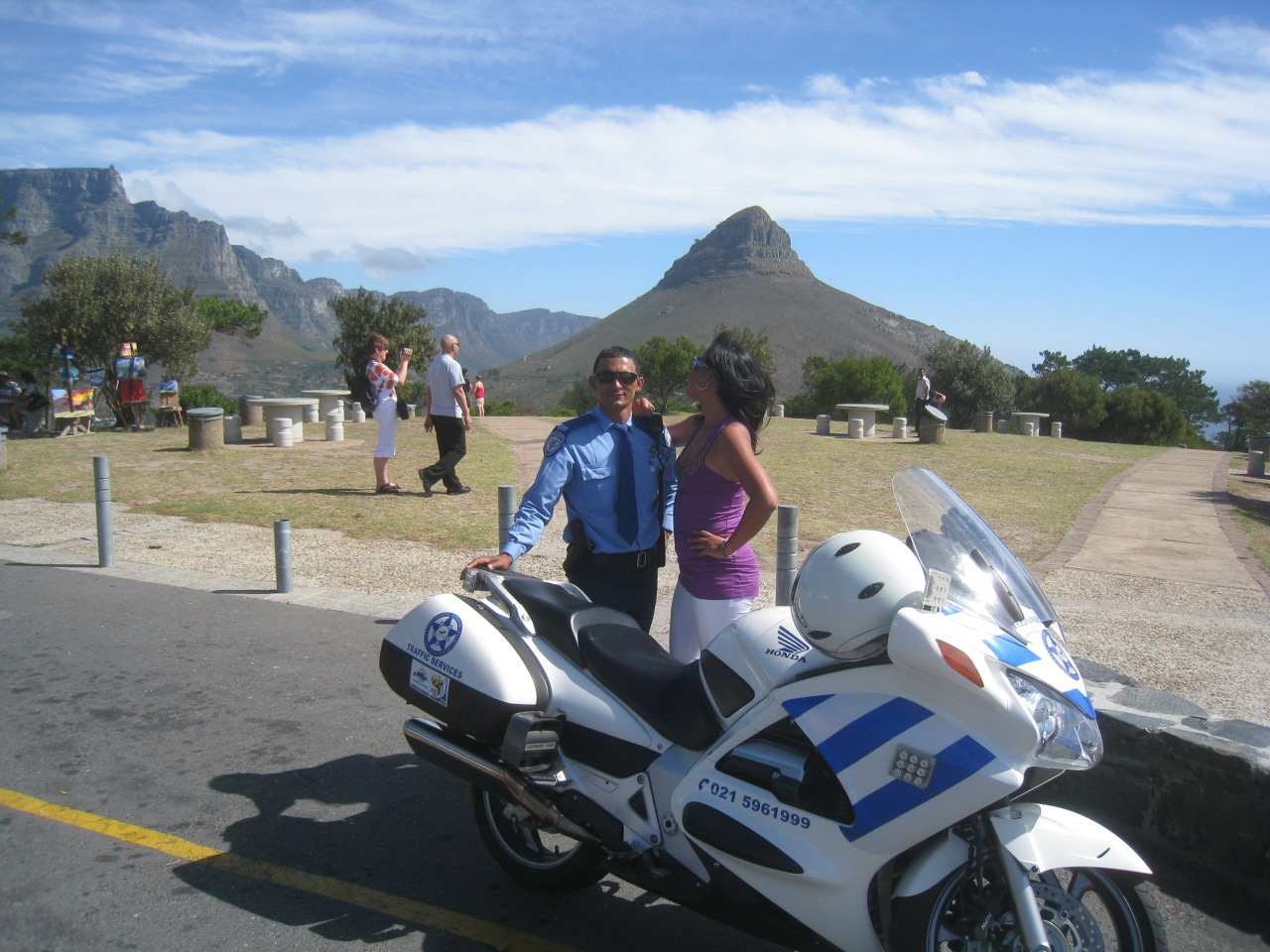 Cape Town Traffic police and Fanny