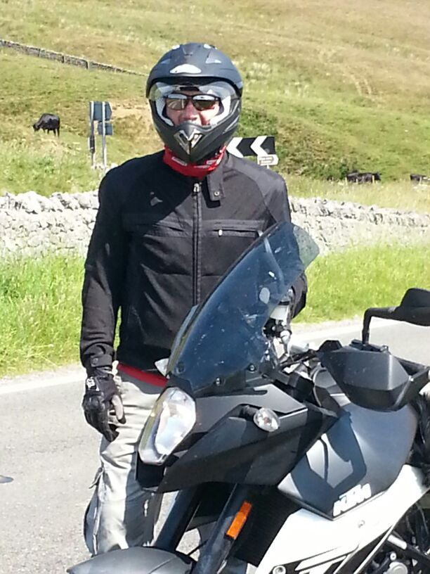Even though I packed my old adventure kit, the weather was so warm I was able to ride around most of the time in summer kit.