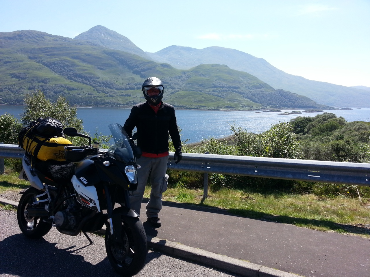 Now we are talking. The ride now moves up to a new quantum level of beautiful. Fanny and I have ridden around the world and been privileged to see the Himalayas, Pyrenees, Alps, Guilin, Rift Valley, Qinghai Cederberg, Atlas etc... but West Scotland on a good day is second to none.