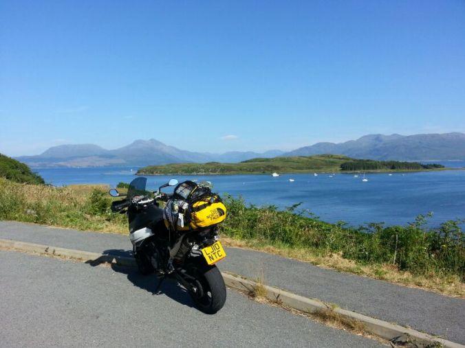 Heading towards Glen Coe and skirting around the many lochs on the western coast of Scotland