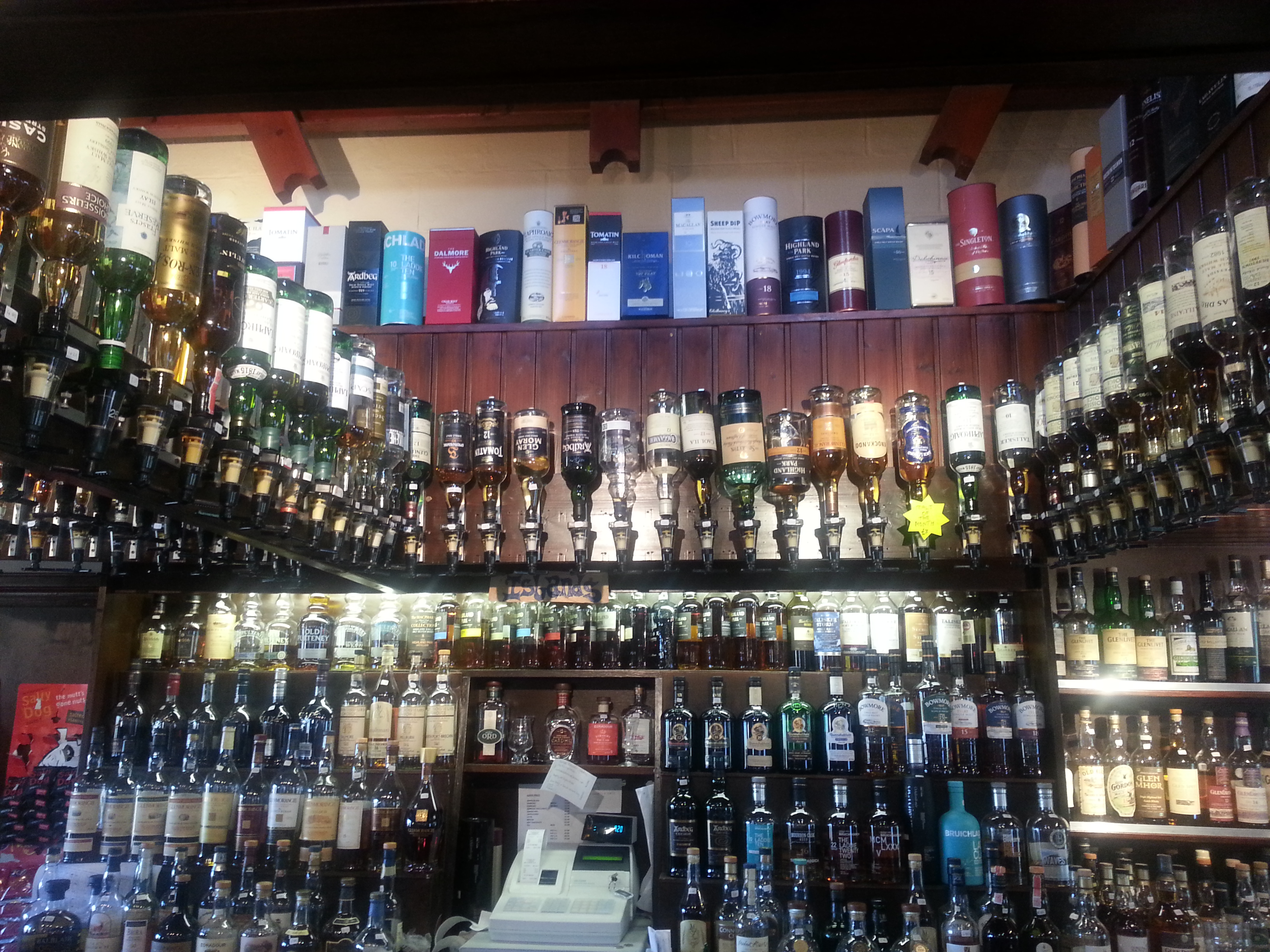 300 Scottish malts at a pub on Skye... now where do you start. Well, from the beginning is a good place ... hick!!!